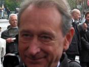 Bertrand Delanoë.