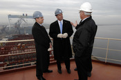 English: Odense Denmark (Feb 20, 2007) - Secretary of the Navy (SECNAV), the Honorable Donald C. Winter receives a tour of the A.P. Moller-Maersk's Odense Steel Shipyard. SECNAV was in Denmark to get a first-hand look at how foreign shipyards design