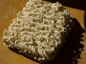 English: A brick of Instant noodles as they are commonly available in Europe. Deutsch: Ein Block Fertignudeln