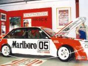English: Peter Brock's 1984 Bathurst 1000 winning Commodore at the Bathurst museum