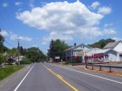 English: Tillson, NY, USA, looking north along NY 32 and 213