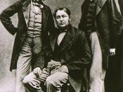 Picture of Gustav Kirchhoff (left), Robert Bunsen (center), and Henry Enfield Roscoe (right)