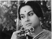 Reversal of the gaze, Charulata looking at Amal