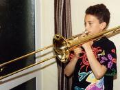 "English: ""King"" tenor trombone. Picture taken by Adrian Pingstone and released to the public domain. en:Bild:Zugposaune.jpg"