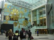 English: In an effort to create an aura of exclusivity, Westfield in London has two entrances close to one another, a main one to high street type shops and this one to the section of the shopping centre selling luxury goods.