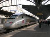 Français : Rame TGV 4402 (Record du monde de vitesse) en service commercial, le 18 juin 2007 à Paris-Est