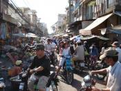 English: Busy street market on Chau Van Diep street, Binh Thanh district, Ho Chi Minh City, Vietnam. Lëtzebuergesch: Stroossenszene zu Ho Chi Minh City