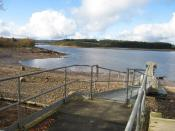 English: 'Low tide' at Kielder Reservoir During Autumn 2007, water levels in Kielder Reservoir are being purposefully lowered to allow for an inspection of Bakethin Dam in November (see: http://www.nwl.co.uk/Bakethin_DL_Leaflet_v2C_1.pdf ). The Tower Know