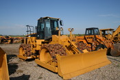English: Caterpillar 825G compactor used in soil compaction applications