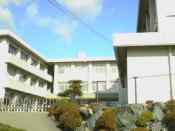 English: This is a junior high school in Japan.