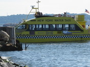 English: Ikea's ferry from Manhattan to Red Hook, Brooklyn pulls into the Red Hook dock