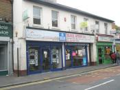English: Travel agent in King Street