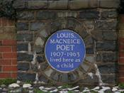 English: Louis Macneice plaque, Carrickfergus The poet Louis Macneice lived in the North Road, Carrickfergus – his father was rector of St Nicholas's Church. The site is now occupied by sheltered housing. This plaque is at the entrance to the Macneice Fol