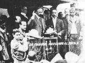 English: Francisco I. Madero campaigns from the back of a railway car in the Mexican election of 1910 against Porfirio Díaz.