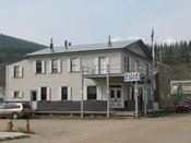 English: Building of the Bank of British North America in Dawson, Yukon Deutsch: Gebäude der Bank of British North America in Dawson, im kanadischen Yukon