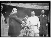 [Edward McCall presents a silver basket of flowers to New York Giants manager John McGraw at Polo Grounds, NY (baseball)]  (LOC)