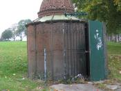 English: Pissoir on Gloucester Road An attractive piece of Victorian decorative ironwork, now sadly closed. Standing room only inside, so it could never be unisex and must fall foul of the sex discrimination act.