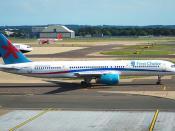 First Choice Boeing 757-28A; G-OOBE@LGW;25.07.2009/547bh