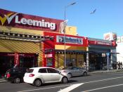 English: Shops and a fast food restaurant in Newmarket, Auckland, New Zealand.