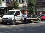 English: Policeman on the streets of the Bucharest