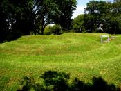 English: A photo of the Serpent Mound, specifically the spiral at the end of the tail. Photo taken by Herb Roe.
