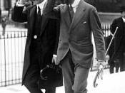 Français : Joseph Caillaux (à gauche) et Pascal Ceccaldi se rendant au procès de Henriette Caillaux le 21 juillet 1914.