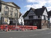 Stone House, Market Cross and Lloyds TSB, High Street, Henley-in-Arden