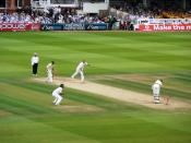 Andrew Flintoff takes his 5th wicket of the match, knocking out Peter Siddle's middle stump to help England beat Australia in the 2nd 2009 Ashes Test