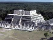 English: Temple of the Warriors, Chichen Itza. Maya Ruins (Yucatan Peninsula)