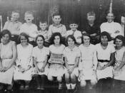 English: Combined sixth and seventh grade children from the Woodford State School, Queensland, 1932