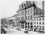 English: Tammany Hall & 14th St. West, New York City, 1914.