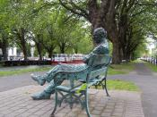 en: Patrick Kavanagh statue along the Grand Canal in Dublin pl: Pomnik Patricka Kavanagha przy Grand Canal w Dublinie