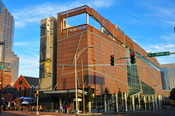 English: Picture of the Harvey B. Gantt Center on Opening Day.