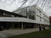 English: University of Salford : Clifford Whitworth Library.