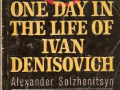 English: U.S. paperback cover of One Day in the Life of Ivan Denisovich by Aleksandr Solzhenitsyn purpose:Illustrate infobox in article Simple wikipedia
