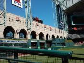English: Minute Maid Park (Enron Field) was built around Houston's Union Station and the left field reflects this.