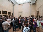 English: crowd around Mona Lisa in Louvre
