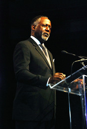 US Navy 070217-N-5608F-004 Peabody Award-winning actor Richard Roundtree hosts the 21st Annual Black Engineer of the Year Awards (BEYA) Gala Awards Ceremony