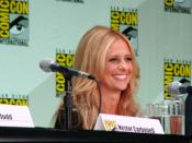 Sarah Michelle Gellar at San Diego Comic-Con 2011 promoting Ringer.