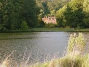 English: Hardwick House Toad Hall? The author of Wind in the Willows, Kenneth Grahame died at nearby Pangbourne in 1932, and would have known this section of river whilst writing his most famous book.