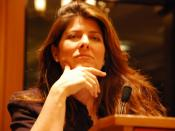 English: Author Naomi Wolf speaking at an event hosted by the NYC chapter of the National Lawyers Guild. The talk was held at the Brooklyn Law School.