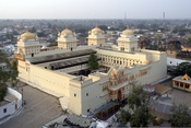 English: Ram Raja Temple, Orchha, Madhya Pradesh, India. Français : Temple Ram Raja, Orchha, Madhya Pradesh, Inde.