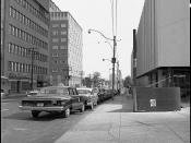 English: Yonge Street looking south from Eglinton Street. The former OHIP (Ontario Health Insurance Plan) building, visible in the image of the east (left) side of the street, was demolished 40 years later to allow for the construction of the Minto Midtow