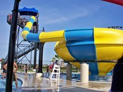 English: Water slide bowl attraction