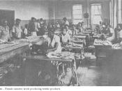 English: Female prisoners in a Mississippi state prison producing textiles