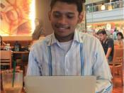 Bahasa Indonesia: Bekerja di kafe dengan telecommuting, tak perlu ke kantor