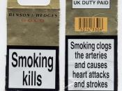 English: The front and back of a UK cigarette packet (in 2003).