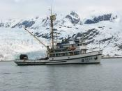 English: NOAA Ship John N. Cobb, R-552, in Glacier Bay, Alaska.