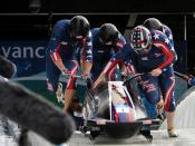 Former Army bobsledder wins back-to-back Team of the Year awards 110125