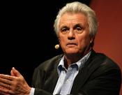 Deutsch: John Irving bei einer Lesung in Köln